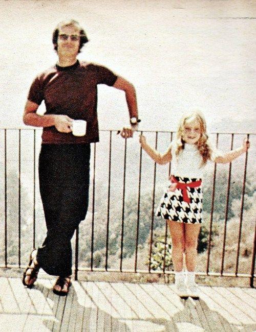 Jack Nicholson and his daughter Jennifer at his LA home