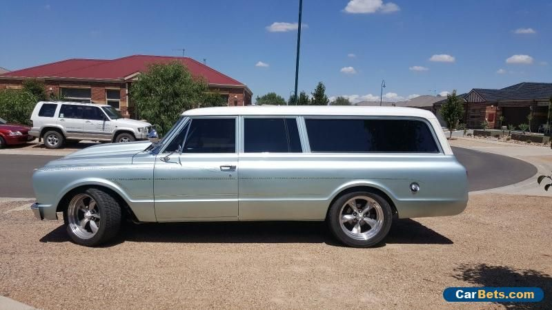 Car For Sale 1967 Chevrolet Suburban 3 Door 8 Seater Station