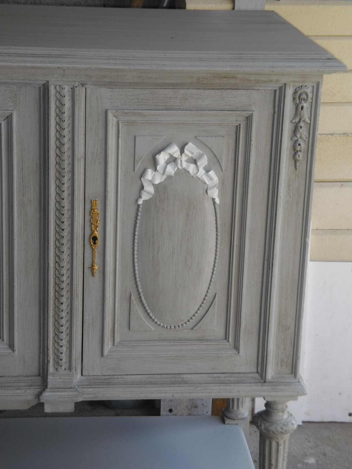 Patine style gustavien patine beton cir pinterest for Peinture meuble ancien