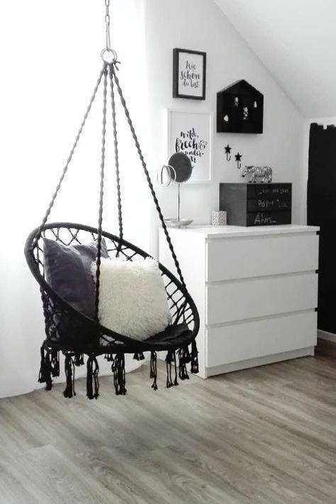 Ein Hangesessel Wird Zum Lieblingsplatz Schwarzweiss Sessel