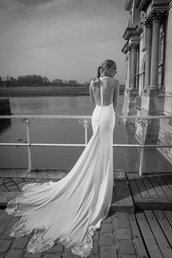 Yaki wedding dress