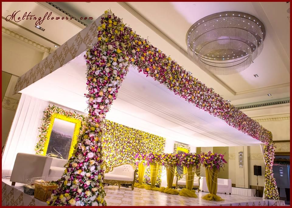 40 Ways To Decorate Your Wedding With Flower Walls