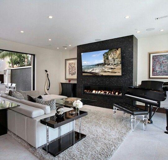Piano na sala de tv   Living Room   Decoração, Apartamento e