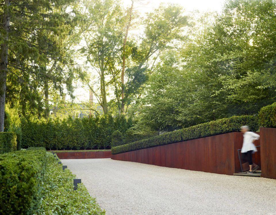 Modern Minimalist Living Landscape Design