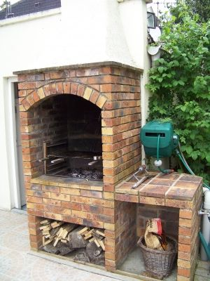 barbecue en briques de vaugirard vous avez construit votre barbecue barbecue pinterest. Black Bedroom Furniture Sets. Home Design Ideas