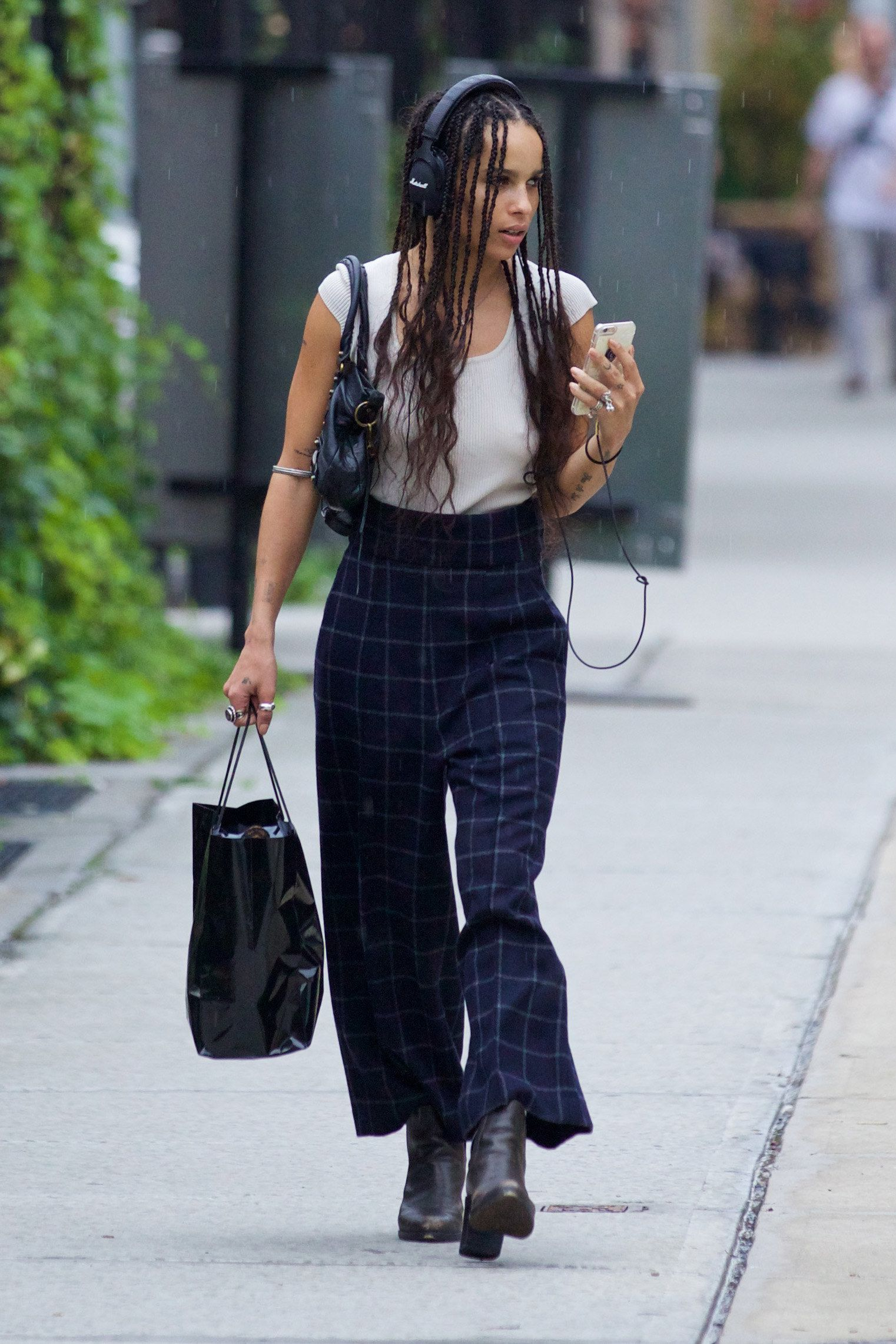 Crochet Goddess Locs How To Zoë Kravitz Completely Reinvents Plaid For Back To School