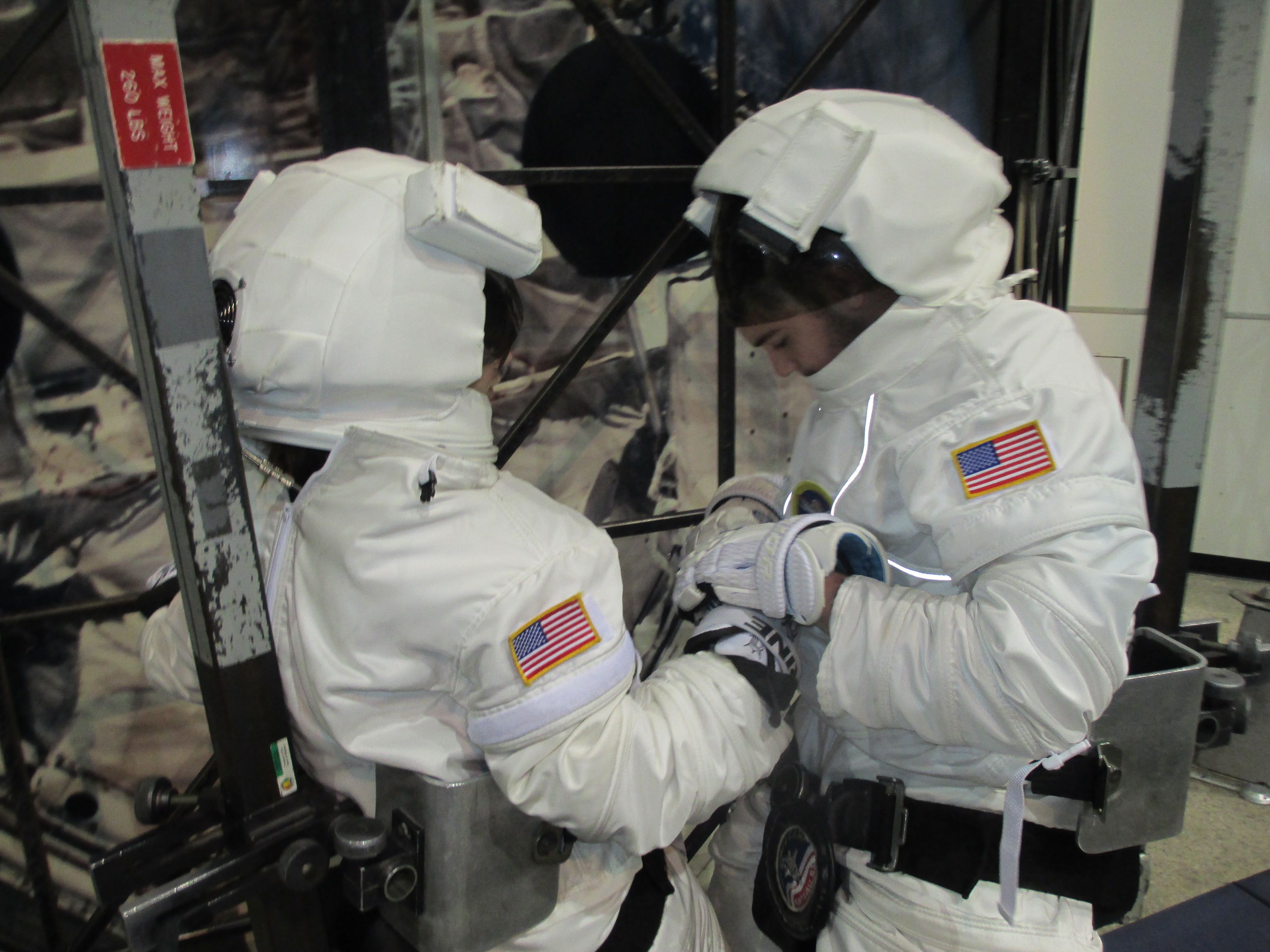 Spacewalk preparation teamwork from Advanced Space Academy ...