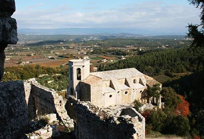 Provence Guide: Oppède le Vieux Holiday Rentals, B, Hotels, Restaurants, Travel & Activities