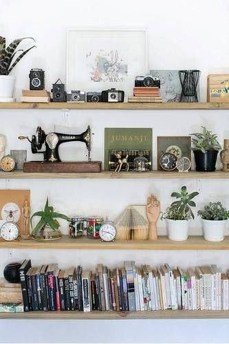 Photo of How to Decorate Shelves Like a Pro