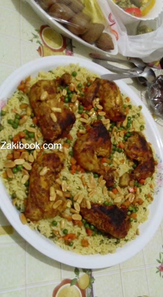 طريقة عمل اوزي الدجاج زاكي Ramadan Recipes Cooking Middle Eastern Recipes