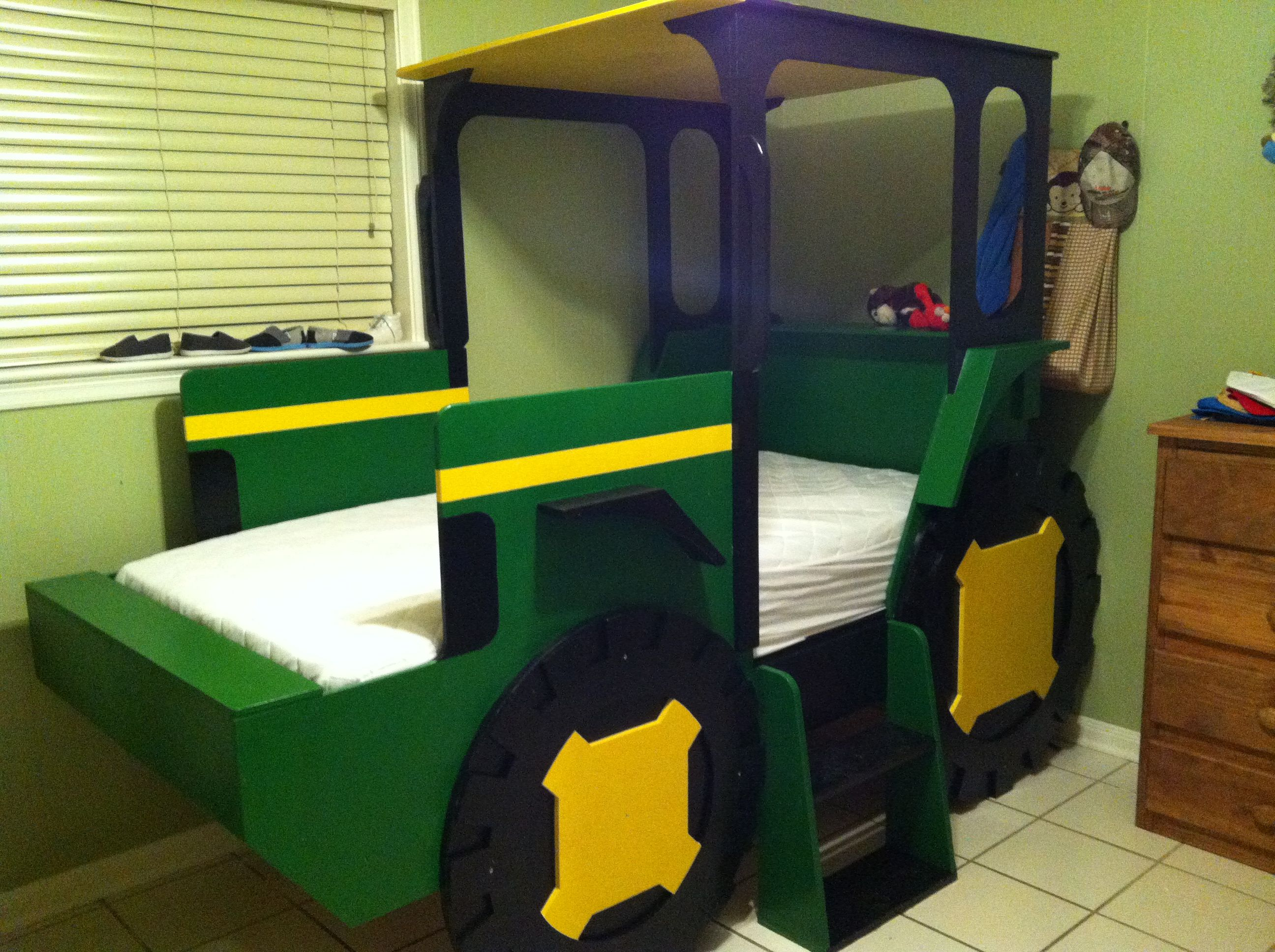 john deere tractor bed my husband made kids pinterest