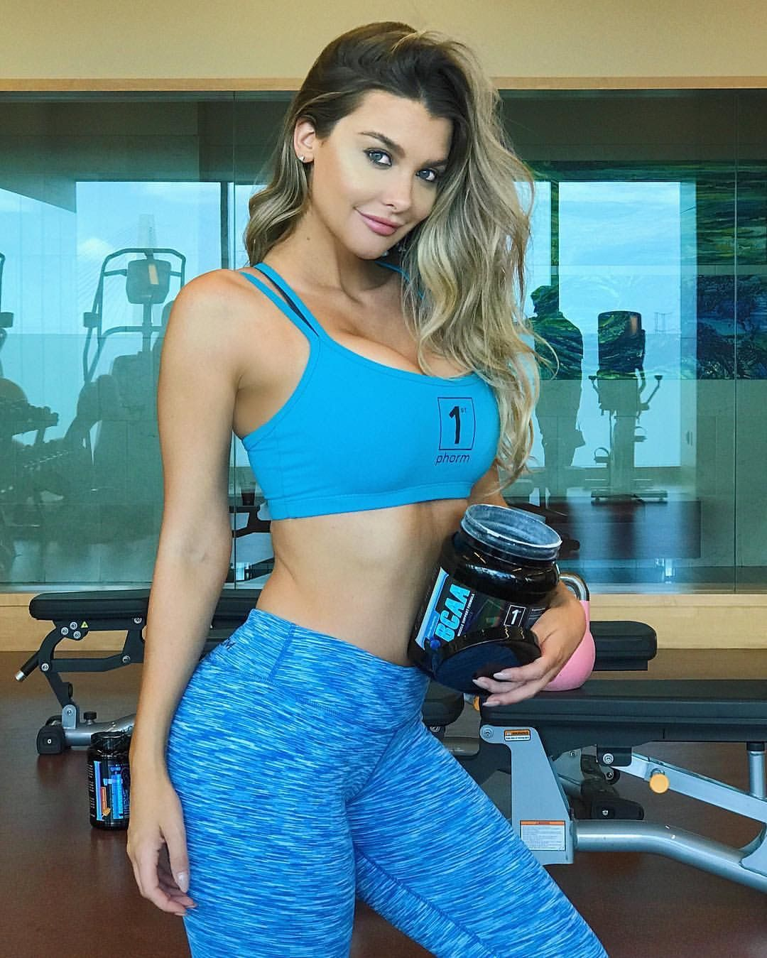 Emily Sears | Emily Sears | Pinterest | Active wear, Yoga pants ...