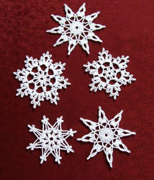 weihnachtsdeko schneeflocken h kelsterne weihnachtsdeko ein designerst ck von haekeldesign. Black Bedroom Furniture Sets. Home Design Ideas