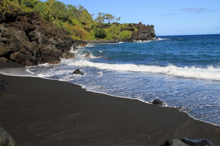 The 15 Most Unbelievable Black Sand Beaches Costarica Blacksand