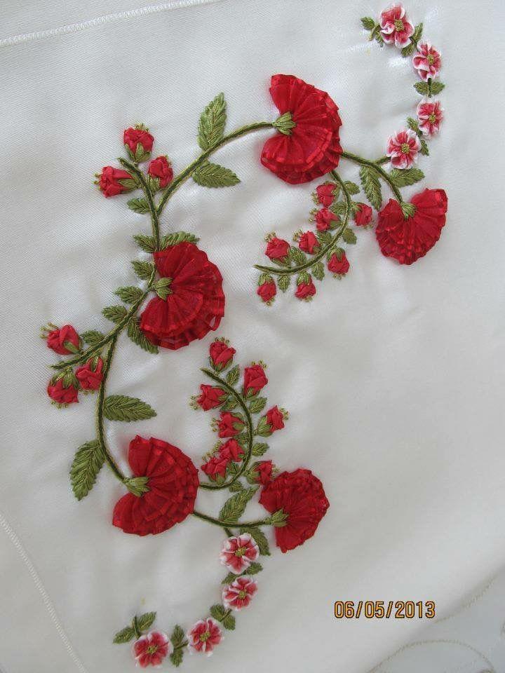 Pin By Glhan Akbulut On Kurdele Nak Pinterest Embroidery