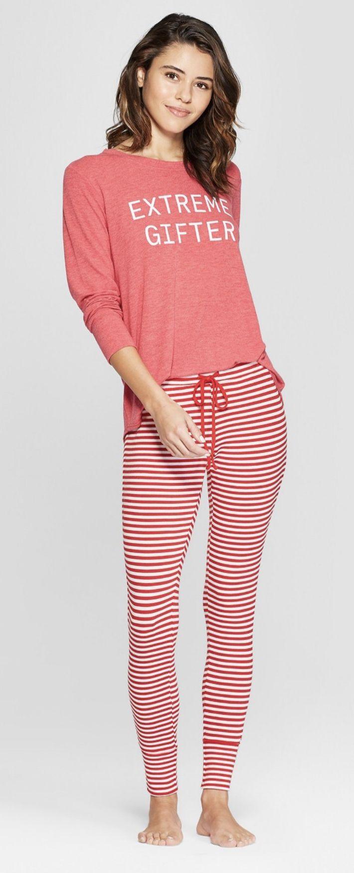Christmas Pajamas Extreme Gifter Pajama set, Cozy