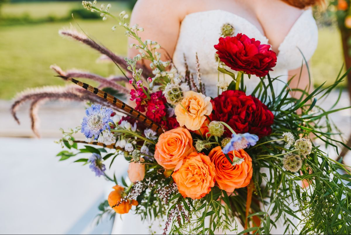 Rose Oak Acres Mid Missouri Farm Wedding Venue In 2020 Farm Wedding Venue Farm Wedding Boho Style Wedding