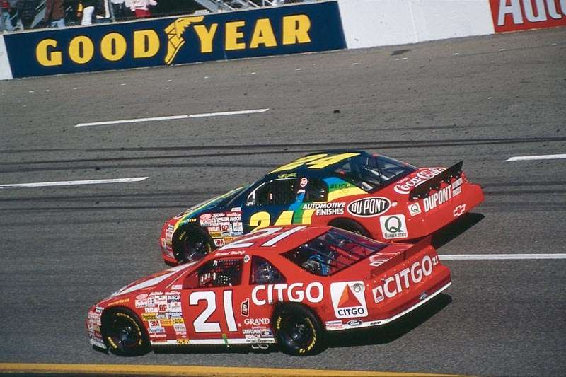 Best Nascar Images On   Lace Racing And Autos