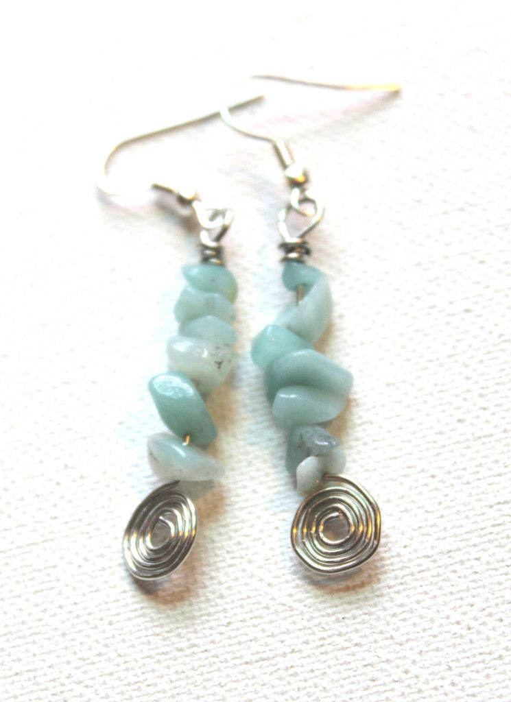 How to Make Spiral and Gemstone Chip Earrings | Craft Projects ...