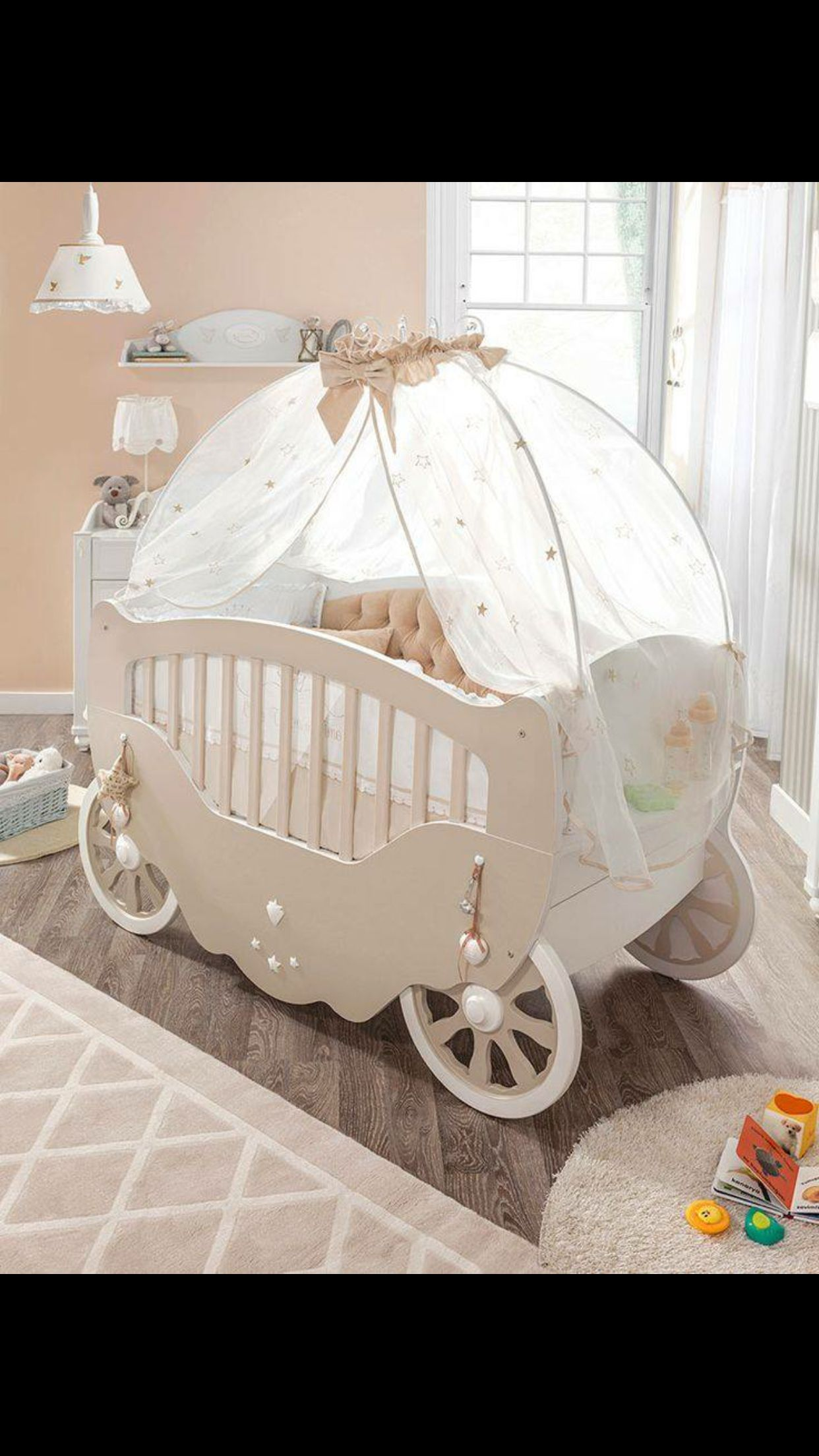 The perfect crib for a princess | Mini Stuff | Pinterest | Bebe ...