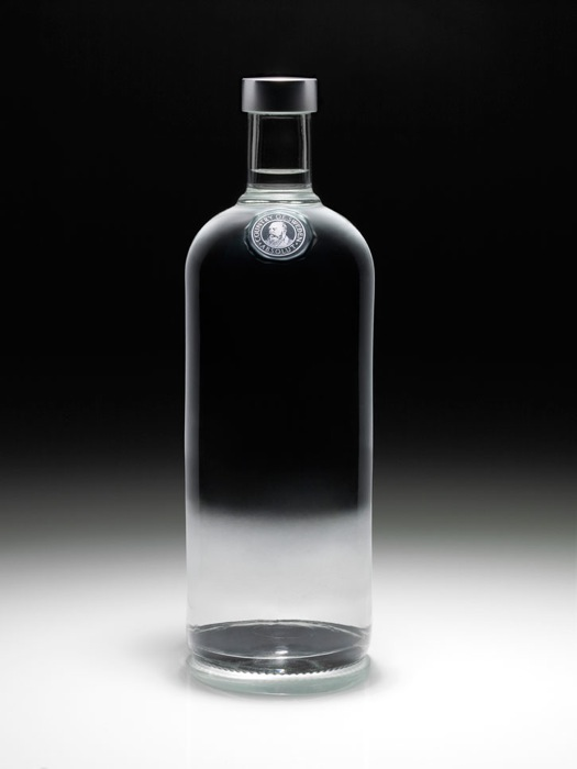 Absolut Vodka Goes Logoless For A New Campaign Absolut Vodka Vodka Absolut