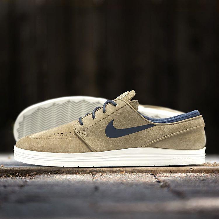purchase cheap 45dfd 683eb Nike SB Lunar Stefan Janoski  Bamboo, Squadron Blue Summit White