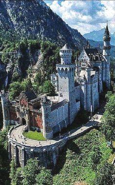 Germany Castle Germany Castles Acces Notre Blog Trouver Beaucoup Plus D Informations Https Storelatina Germany Castles Castle Ruins Neuschwanstein Castle