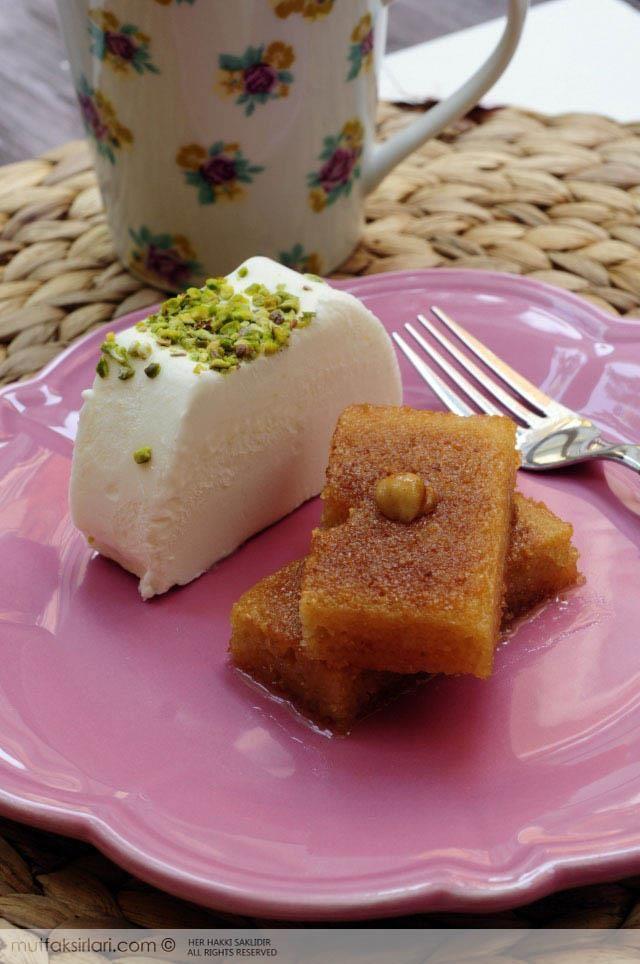 Dondurmalı Şam Tatlısı nasıl yapılır ? Ayrıca size fikir verecek 5 yorum var. Tarifin püf noktaları, binlerce yemek tarifi ve daha fazlası...