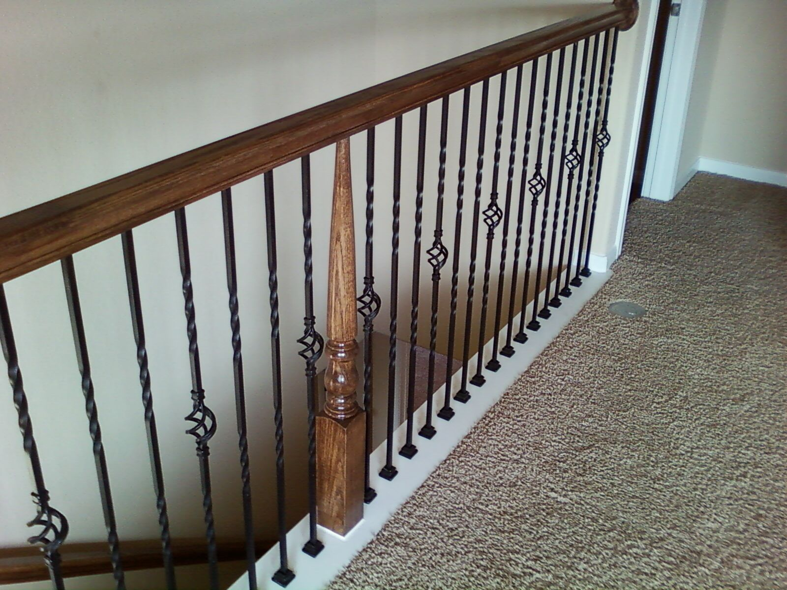 Best Details About Satin Black Iron Balusters Iron Spndles 400 x 300