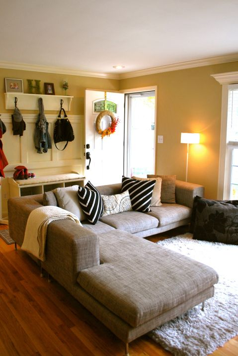 12 Picturesque Small Living Room Design: Front Door Opens Into Living Area. I Already Have A Couch