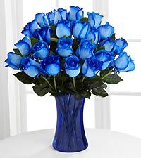 Extreme Blue Hues Fiesta Rose Bouquet 24 Stems Vase Included