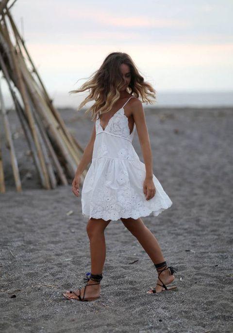 pinterest 43 looks avec une robe blanche copier cet t robe blanche cet t et glamour. Black Bedroom Furniture Sets. Home Design Ideas