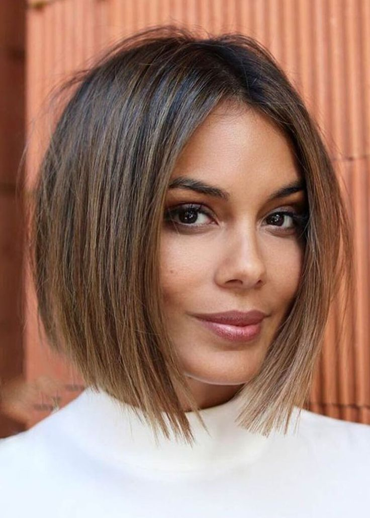 Women's Middle Part Straight Short Bob Hairstyles Natural ...