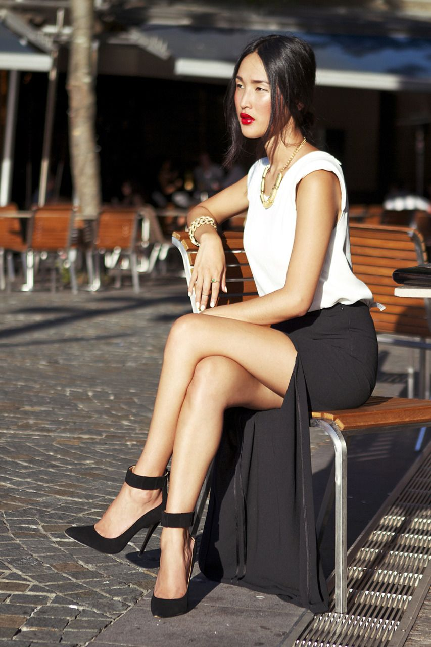 Zara Skirt/Top, Vintage Necklace/Bracelet/Bag, Jennifer Hawkins for Siren Heels
