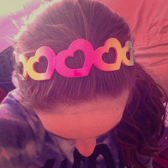 Super cute headband Really cute Jewelry