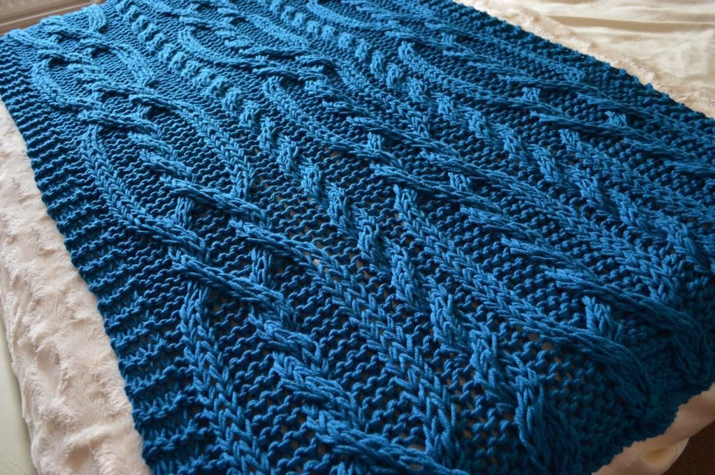 SNUGGLY Chunky Cable Blanket   Knitting & Crocheting by Jenny ...