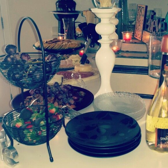 Wine & cheese party.  Brushes & beverages.