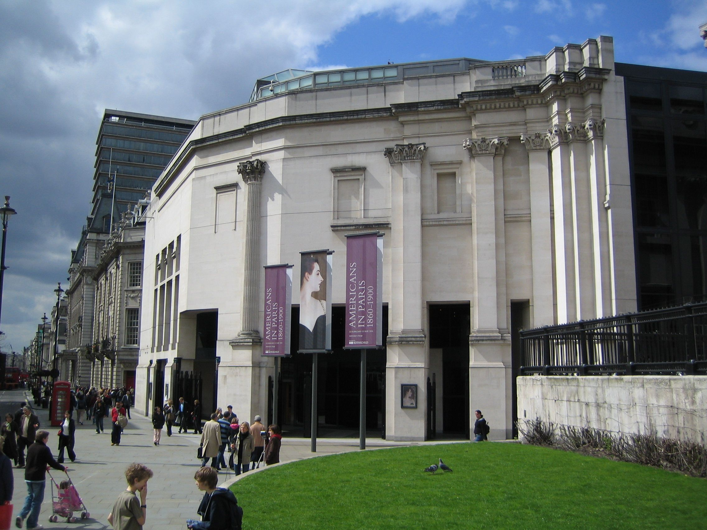 Modern Architecture Style national_gallery_london_sainsbury_wing_2006-04-17 (2272×1704