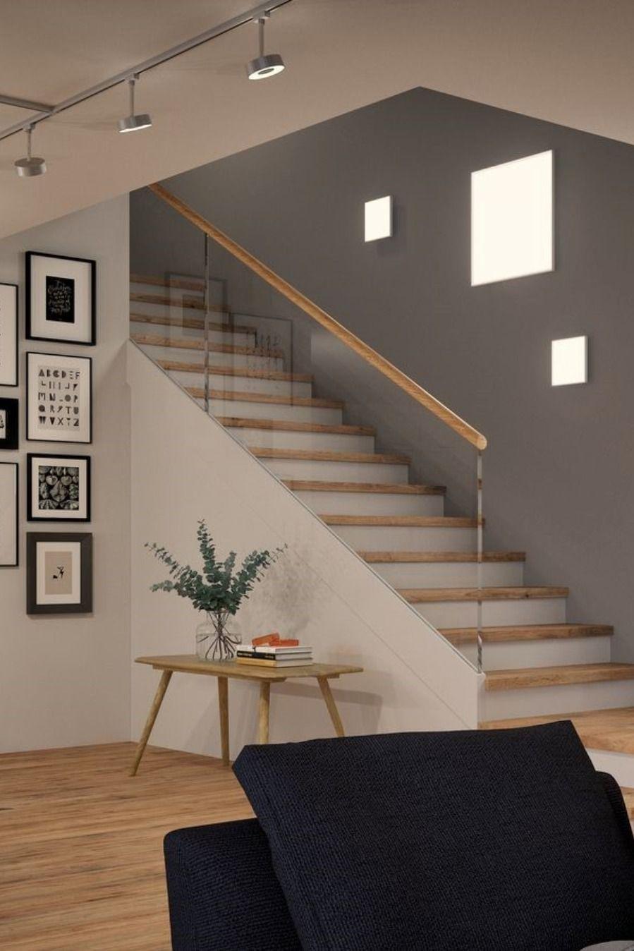 Wandbeleuchtung An Der Treppe Mit Led Panels Schaffst Du Eine Intensive Beleuchtung Im Flur Und Eingangsbereich Pra In 2020 Stairs Design Modern Stair Decor Stairs