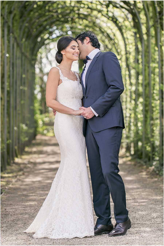 10. Hochzeitstag, Hochzeitsfeier, blauer Anzug, weißes Kleid ...