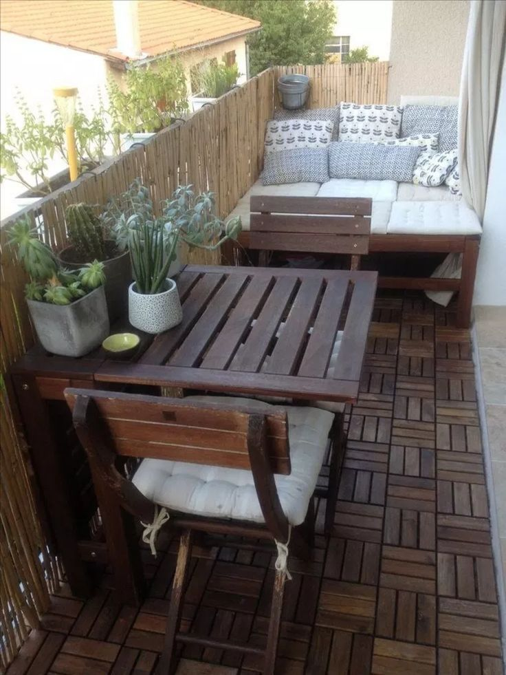 √86 Awesome Small Balcony Garden Ideas #balconyideas #smallbalconyideas #kleinerbalkon