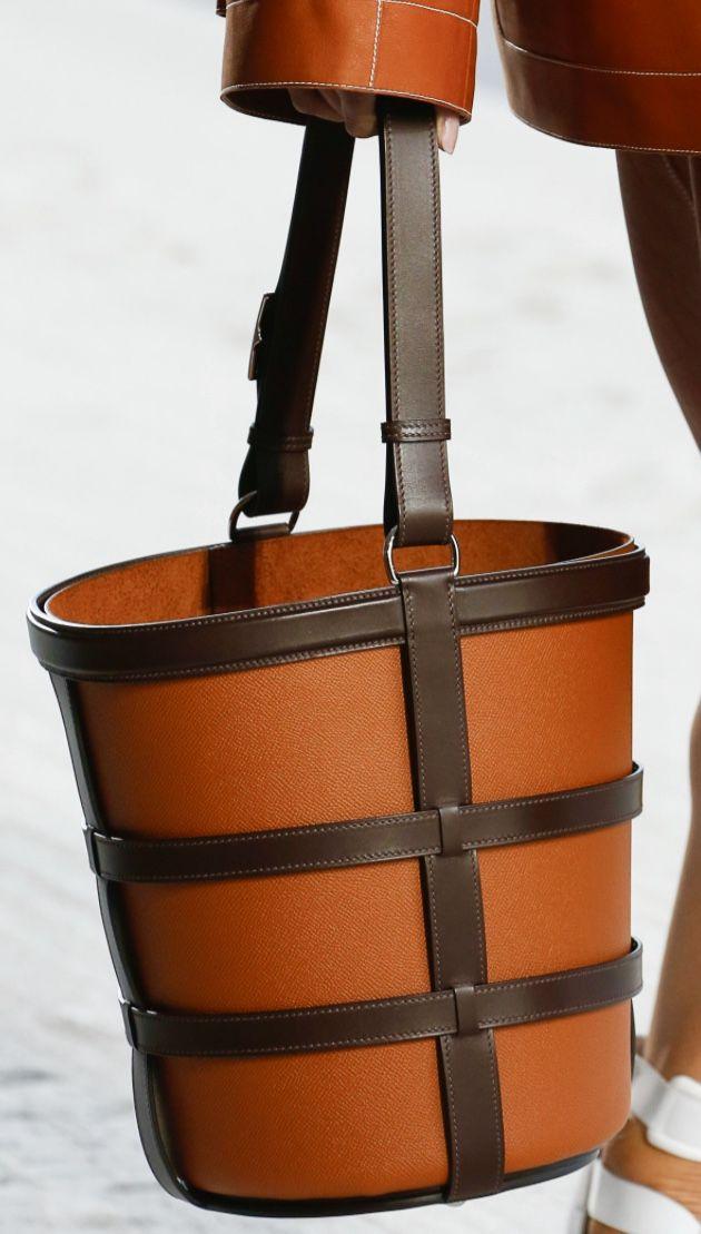 Hermes spring 2019 Bucket Bag ae9095264a350