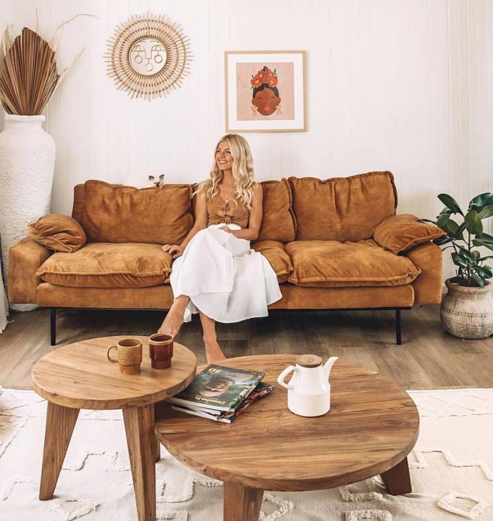 Canape Retro En Velours Jaune Moutarde 225x83x95cm Hk Living Petite Lily Interiors Canape Retro Maison Retro Deco Appartement