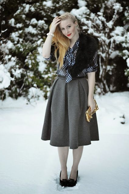 Winter retro chic outfit with fur stole and River Island midi skirt on Vancouver Vogue blog