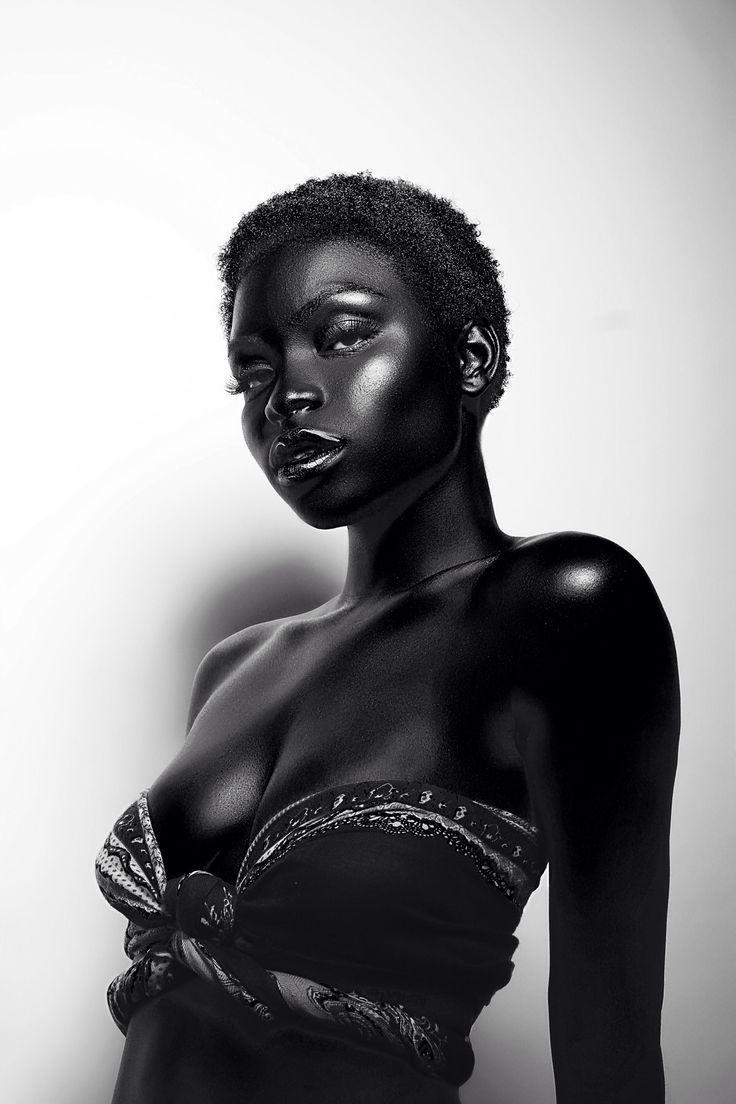 70 Ebony Model Portrait Examples Richpointofview Skin Model Dark Skin Models Dark Beauty