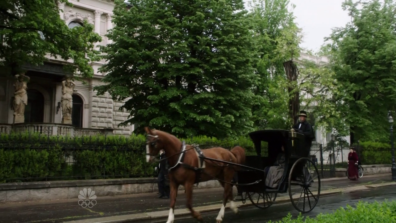 Dracula (Tv Mini-Series) 2013. Scene: London Filming Location: Budapest, Andrássy street