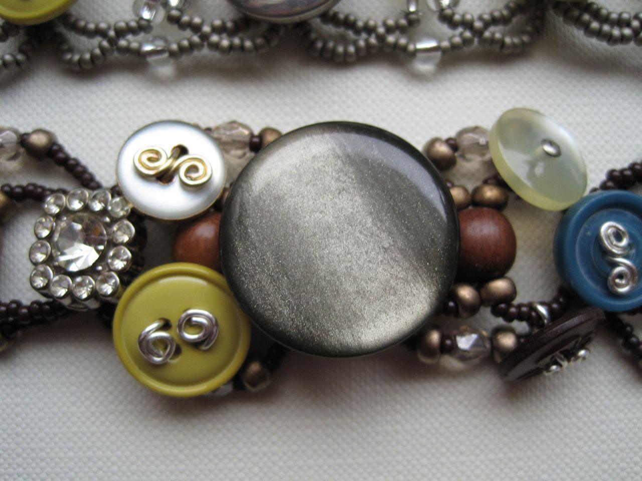 Button Bracelet II Detail