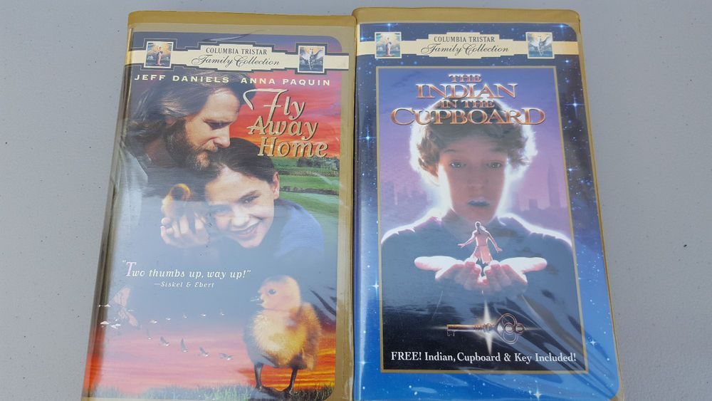 Lot Of 2 Vhs Tapes The Indian In The Cupboard Vhs Clam Shell Case