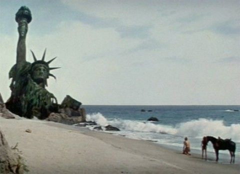 Planet of the Apes ~ Statue of Liberty | Planet of the apes, Sci fi films, Movie history