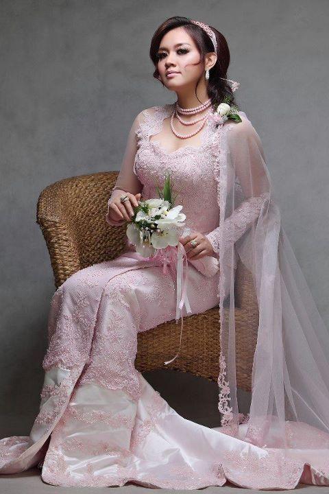 Burmese Wedding Dress | Wedding: Find me a girl who has never ...